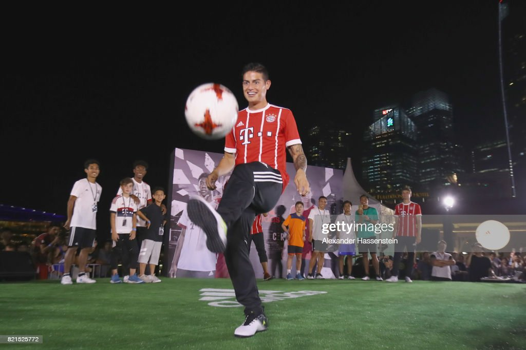 James Rodriguez of FC Bayern Muenchen shwo football skills during a adidas marketing event at Clifford square during the Audi Summer Tour 2017 on July 24, 2017 in Singapore.