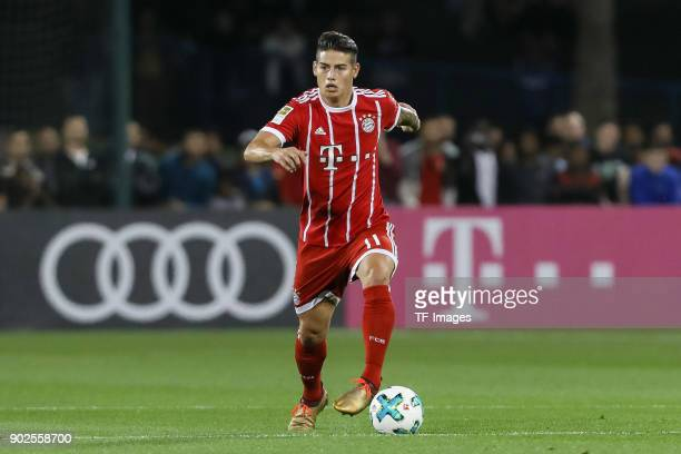 James Rodriguez of Muenchen controls the ball during the Friendly match between AlAhli and Bayern Muenchen at Aspire Academy on January 06 2018 in...