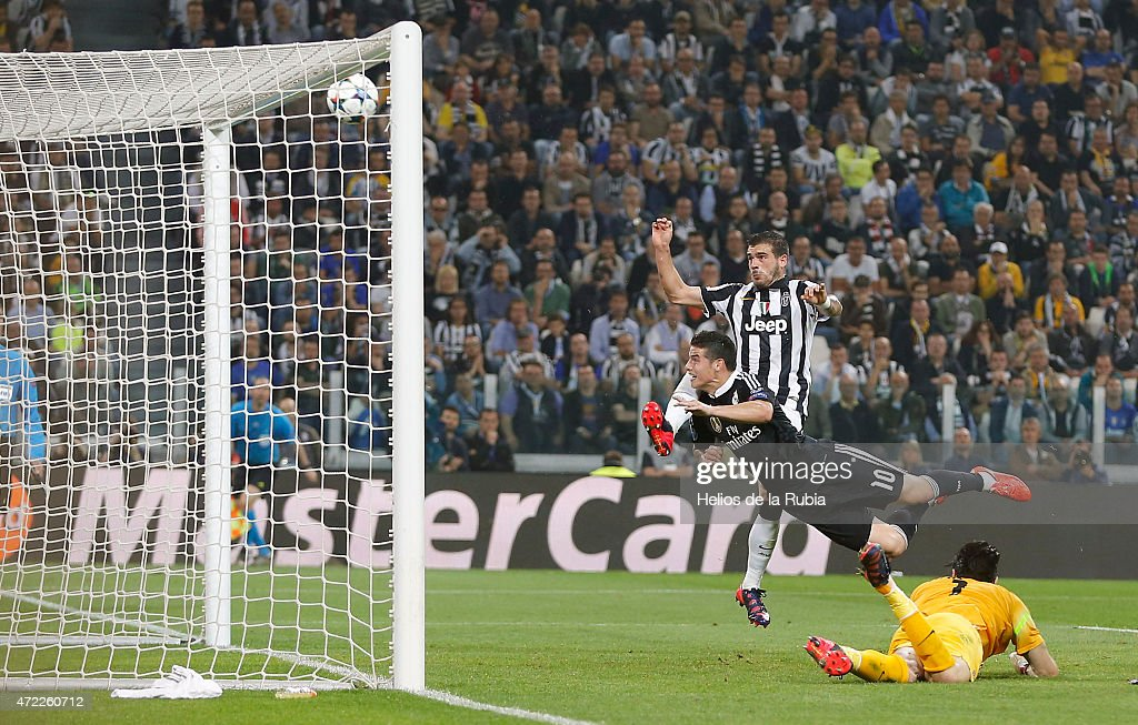 Juventus v Real Madrid CF  - UEFA Champions League Semi Final : News Photo