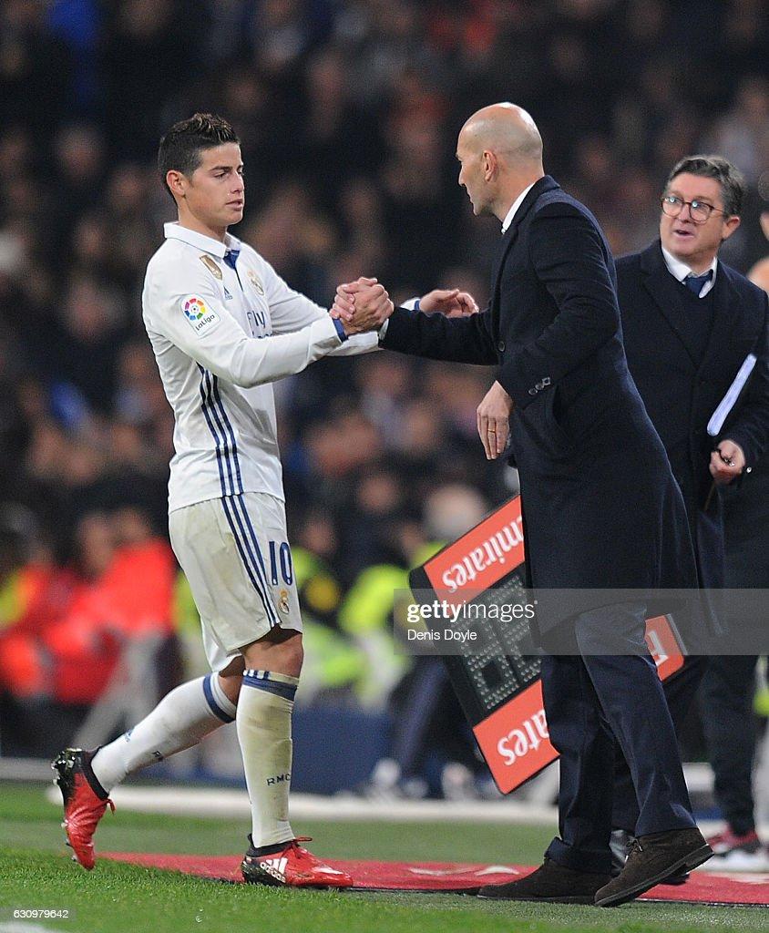Real Madrid v Sevilla - Copa del Rey: Round of 16 First Leg : News Photo