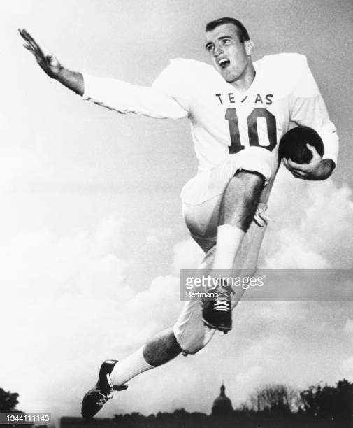 James Saxton, Texas halfback.