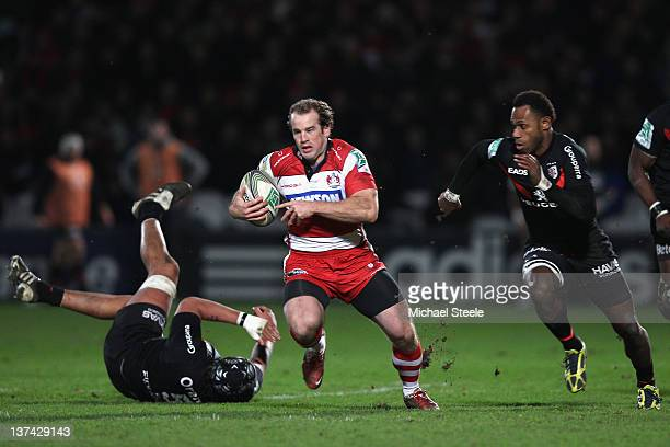 James SimpsonDaniel of Gloucester cuts between Patricio Albecete and Timoci Matanavou of Toulouse during the Gloucester v Toulouse Heineken Cup Pool...