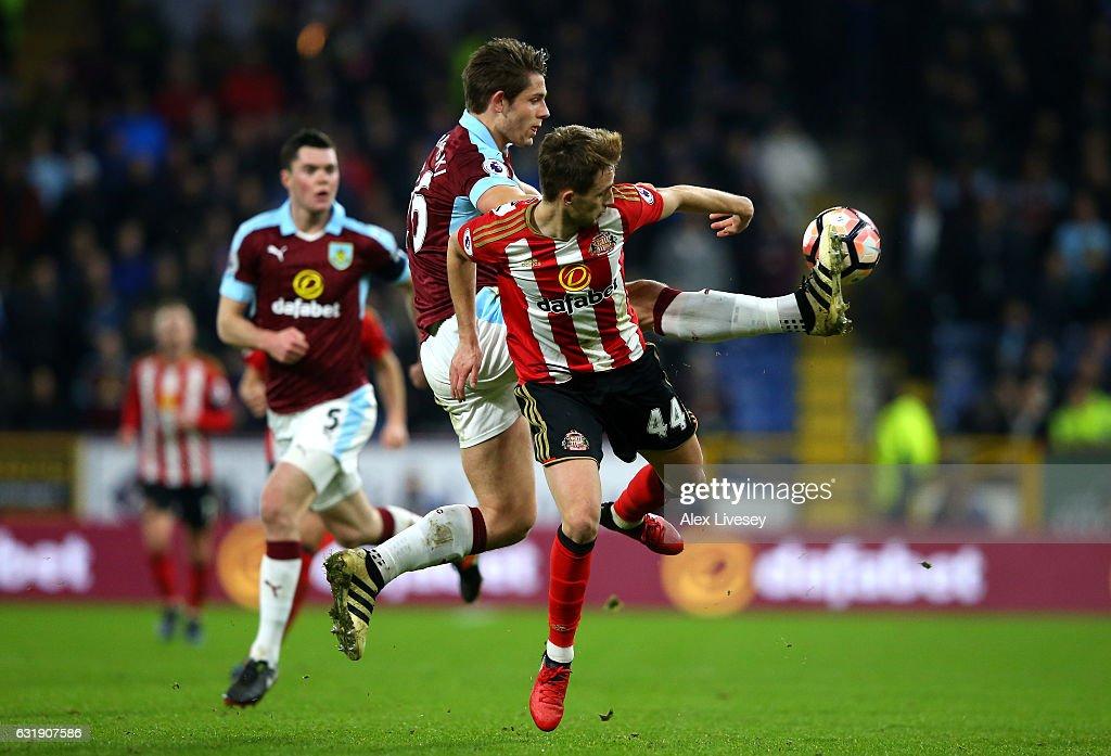 Burnley v Sunderland - The Emirates FA Cup Third Round Replay : News Photo