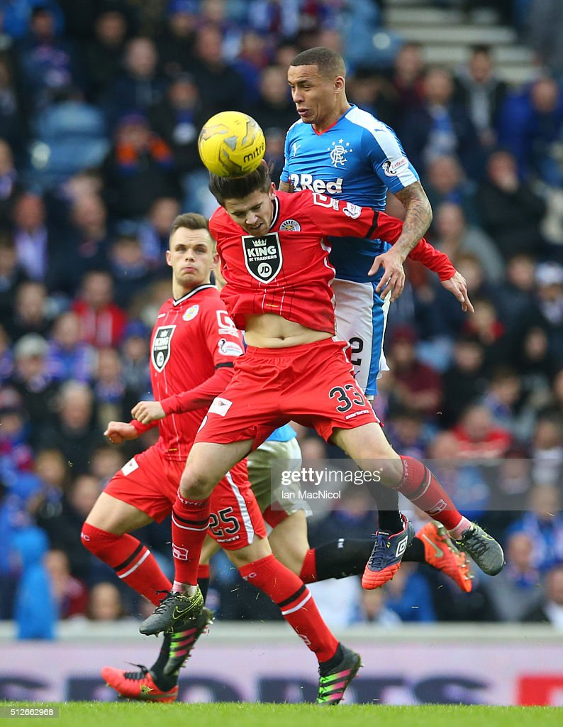 James Tavernier of Rangers vies with Jordan Stewart of St Mirren during the Scottish Championship match between Rangers and St. Mirren at Ibrox Stadium on February 27, 2016 in Glasgow, Scotland.