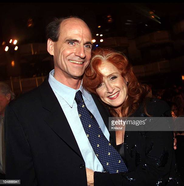 James Taylor and Bonnie Raitt during 15th Annual Rock and Roll Hall of Fame Induction Ceremony 2000 at Waldorf=Astoria in New York New York United...