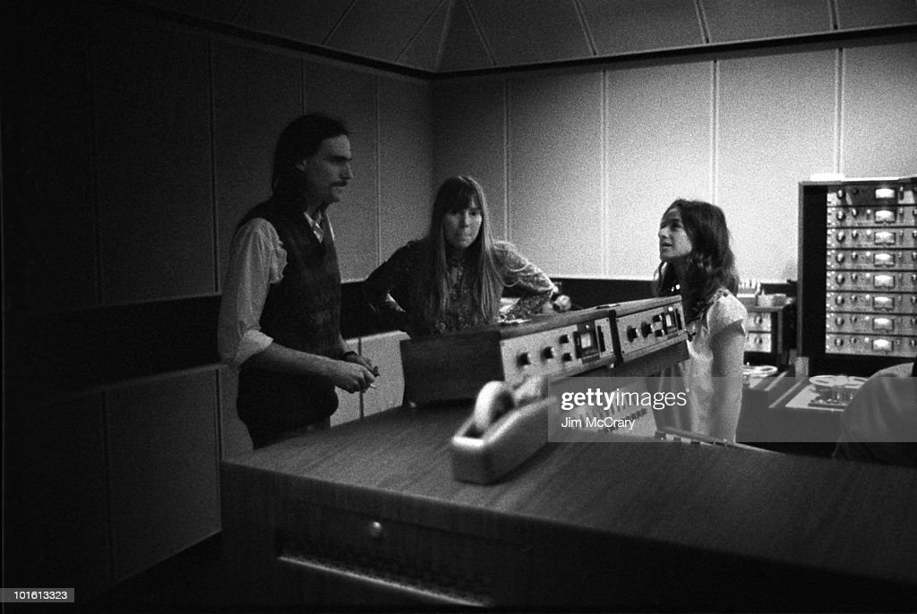 Tapestry Recording Sessions : News Photo