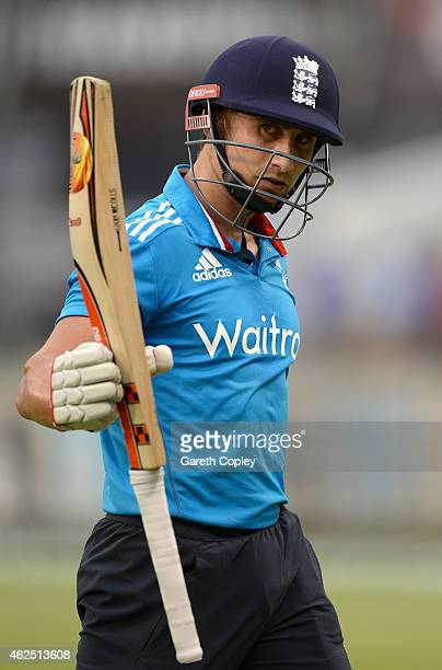 James Taylor of England salutes the crowd as he leaves the field during the One Day International match between England and India at WACA on January...
