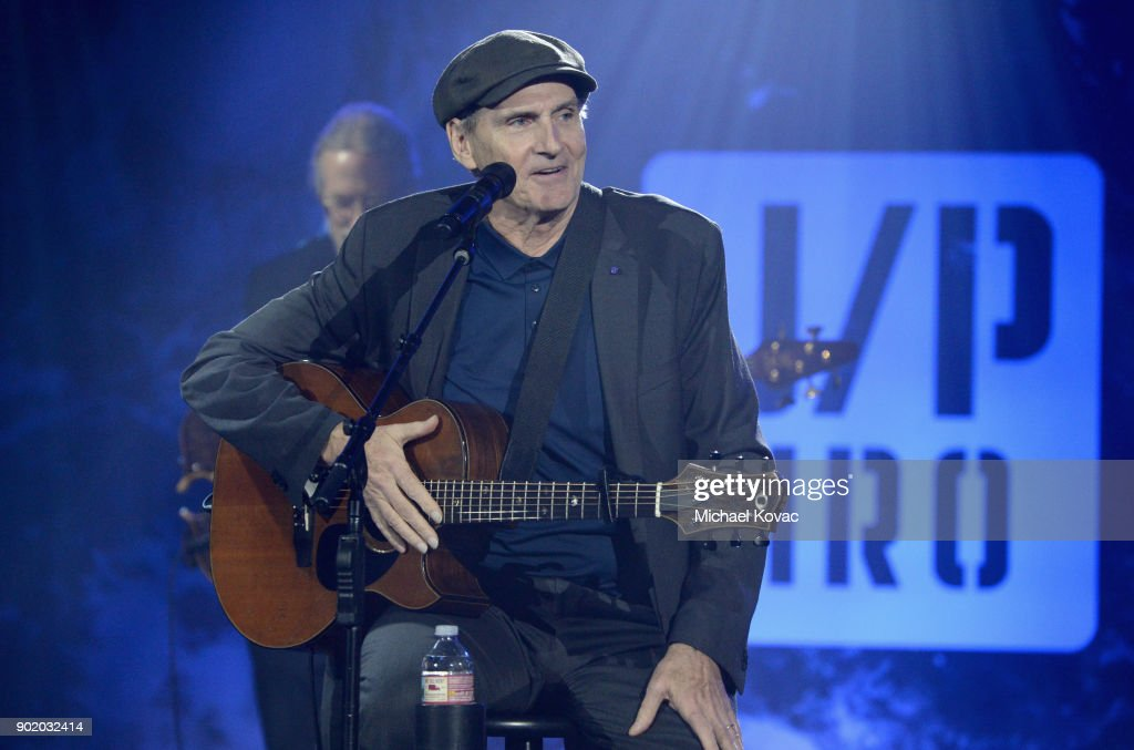 SEAN PENN J/P HRO GALA: A Gala Dinner to Benefit J/P Haitian Relief Organization and a Coalition of Disaster Relief Organizations