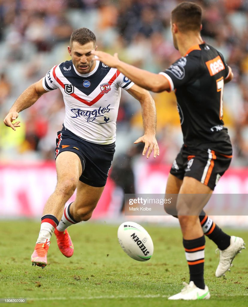 NRL Rd 2 - Wests Tigers v Roosters : News Photo