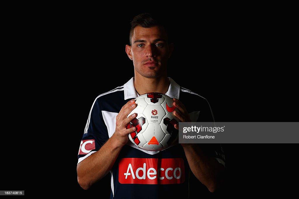 2013/14 A-League Players Portrait Session : News Photo
