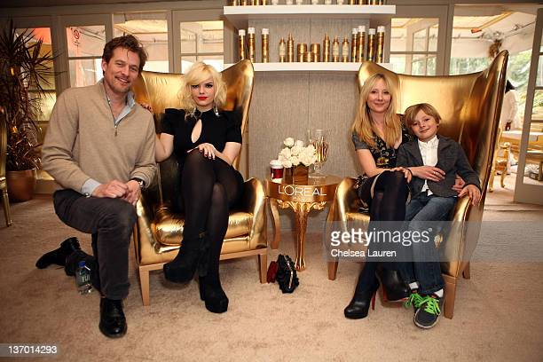 James Tupper Sianoa SmitMcPhee actress Anne Heche and Homer Laffoon attend the HBO Luxury Lounge Featuring L'Oreal Paris And New Era Cap Day 1 at...
