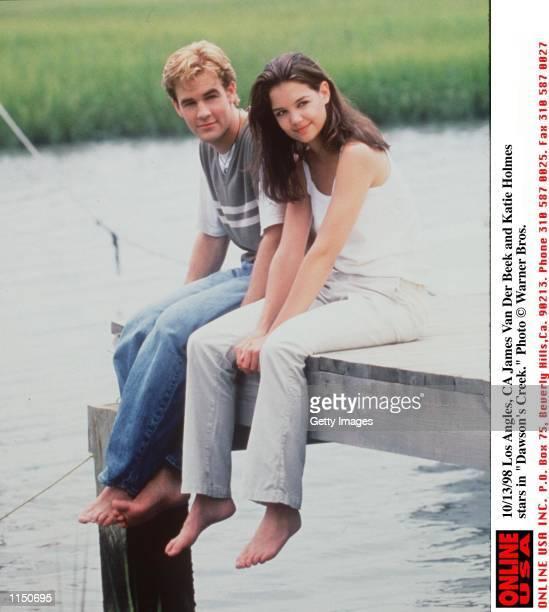 James Van Der Beek and Katie Holmes star in 'Dawson's Creek'