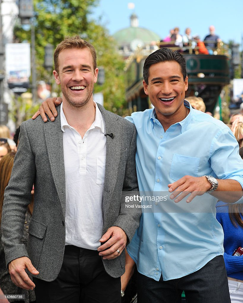 "Maggie Grace And James Van Der Beek At ""Extra"" : News Photo"