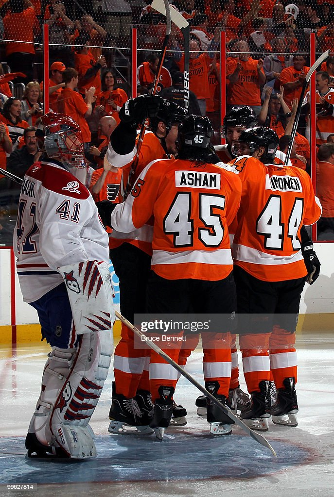 James van Riemsdyk #21 of the Philadelphia Flyers celebrates with his team after scoring a goal in the second period against Jaroslav Halak #41 of the Montreal Canadiens in Game 1 of the Eastern Conference Finals during the 2010 NHL Stanley Cup Playoffs at Wachovia Center on May 16, 2010 in Philadelphia, Pennsylvania.