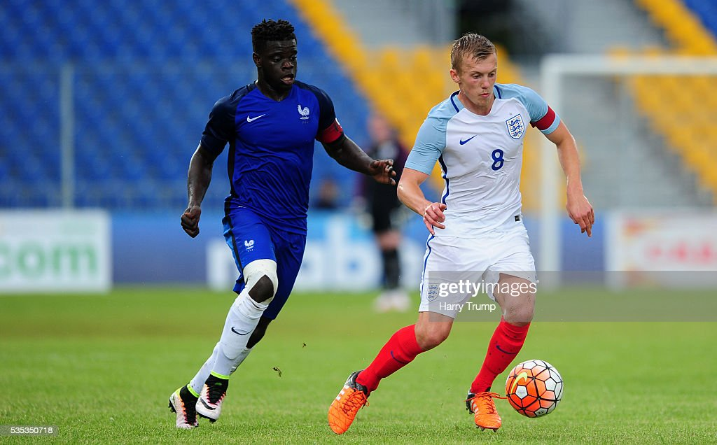 England v France - Toulon Tournament Final : News Photo
