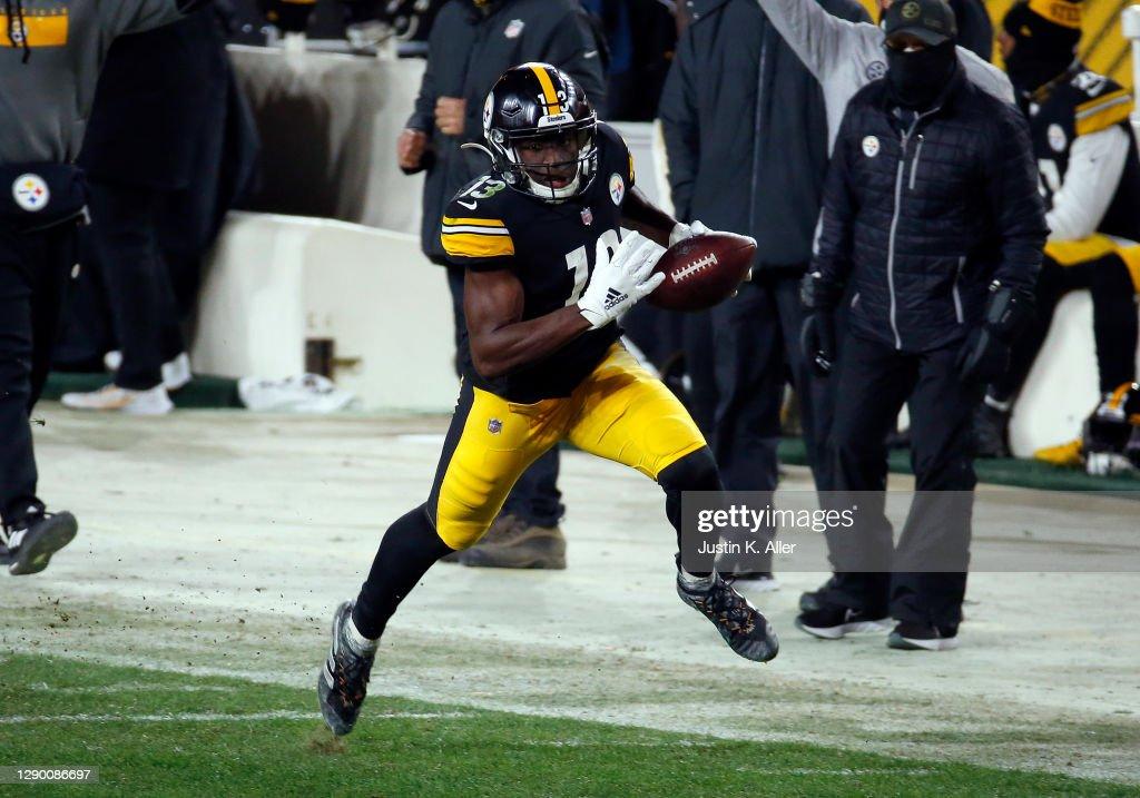 Washington Football Team v Pittsburgh Steelers : ニュース写真
