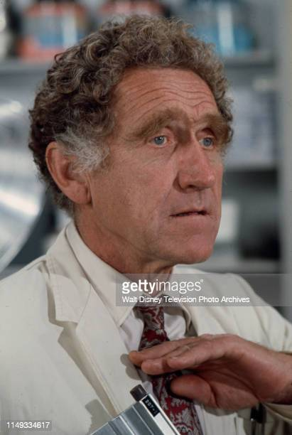 James Whitmore appearing on the ABC tv series 'The New Temperatures Rising Show' episode 'RX Nose Job'