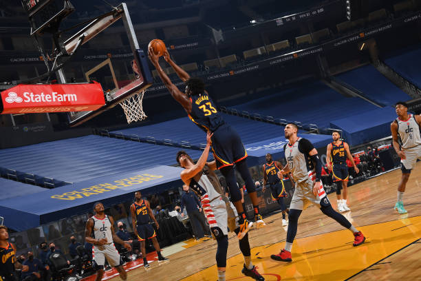 James Wiseman of the Golden State Warriors shoots the ball during the game against the Washington Wizards on April 9, 2021 at Chase Center in San...