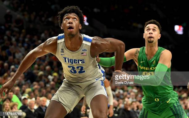 James Wiseman of the Memphis Tigers and Anthony Mathis of the Oregon Ducks battle for position during the second half of the game at Moda Center on...
