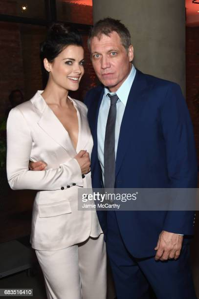 Jamie Alexander and Holt McCallany attend the Entertainment Weekly and PEOPLE Upfronts party presented by Netflix and Terra Chips at Second Floor on...