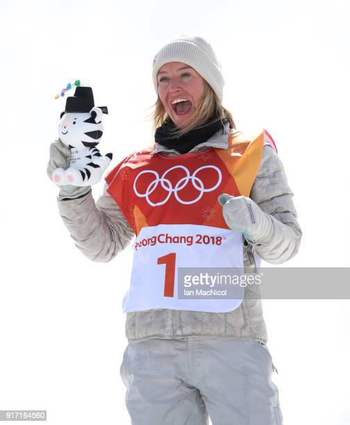 Jamie Anderson of United States poses after winning Gold in the Ladies Slopestyle Final at Phoenix Snow Park on February 12 2018 in Pyeongchanggun...