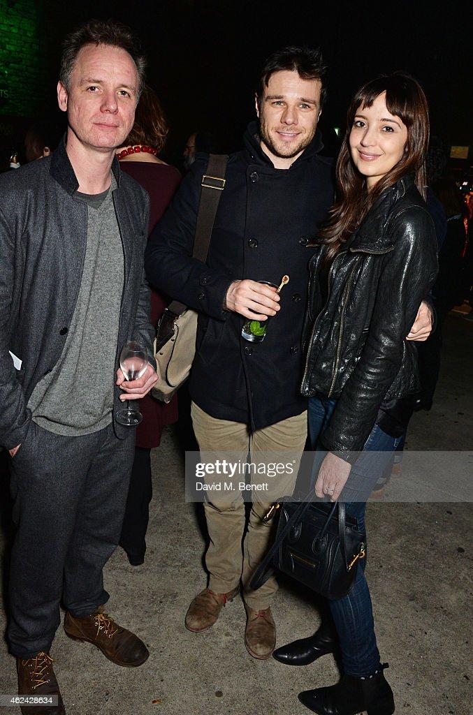 Rupert evans dating