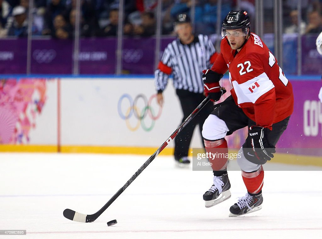 Ice Hockey - Winter Olympics Day 14 - United States v Canada : News Photo