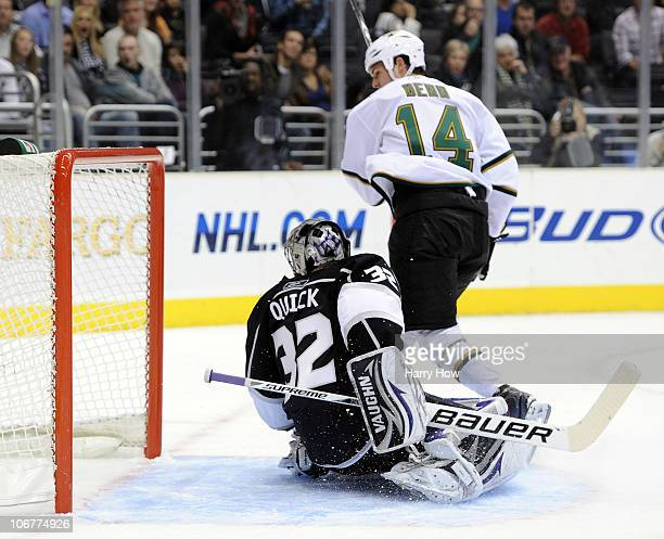 Jamie Benn of the Dallas Stars scores a goal on Jonathan Quick of the Los Angeles Kings at the Staples Center on November 11 2010 in Los Angeles...