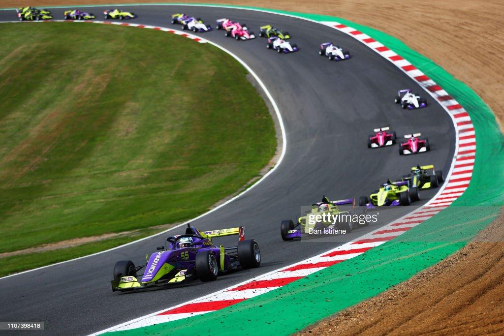 W Series Brands Hatch - Qualifying & Race : News Photo