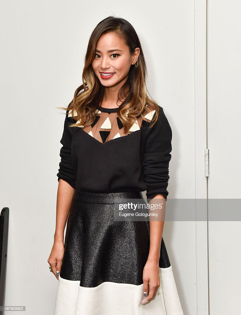 Karigam - Front Row & Backstage - Spring 2016 New York Fashion Week: The Shows : News Photo