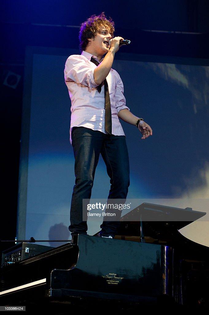 Jamie Cullum Performs At Kenwood House In London : Fotografía de noticias