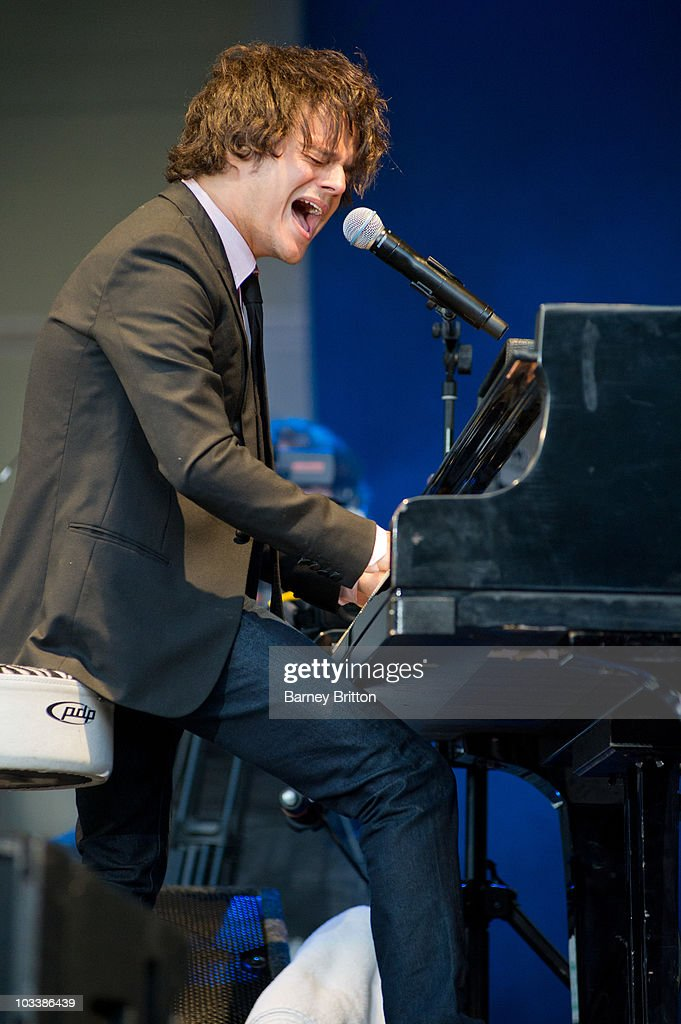 Jamie Cullum Performs At Kenwood House In London : Fotografía de noticias