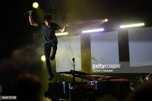 Jamie Cullum performs on stage during the Singapore Jazz Festival 2018 at Marina Bay Sands Event Plaza on April 7 2018 in Singapore