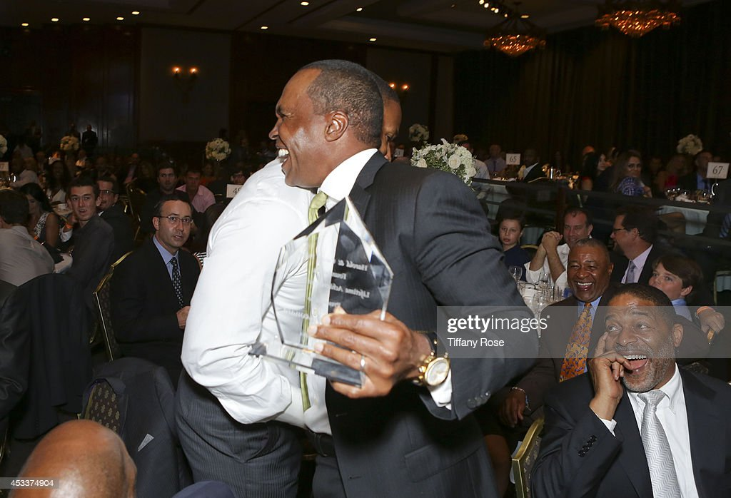 Jamie Foxx and Sugar Ray Leonard attend the 14th Annual Harold & Carole Pump Foundation Event on August 8, 2014 in Los Angeles, California.