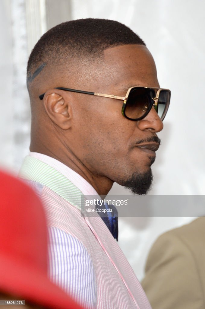 Jamie Foxx attends 140th Kentucky Derby at Churchill Downs on May 3, 2014 in Louisville, Kentucky.