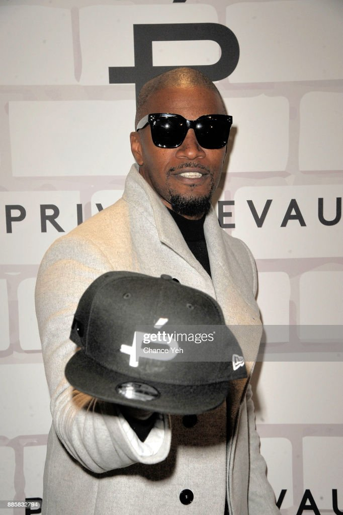 Jamie Foxx attends Prive Revaux Eyewear New York flagship launch at Prive Revaux on December 4, 2017 in New York City.