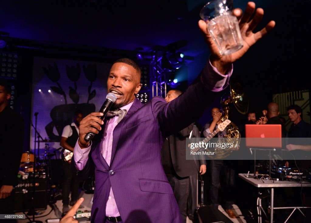 Jamie Foxx performs onstage at Apollo in the Hamptons at The Creeks on August 16, 2014 in East Hampton, New York.
