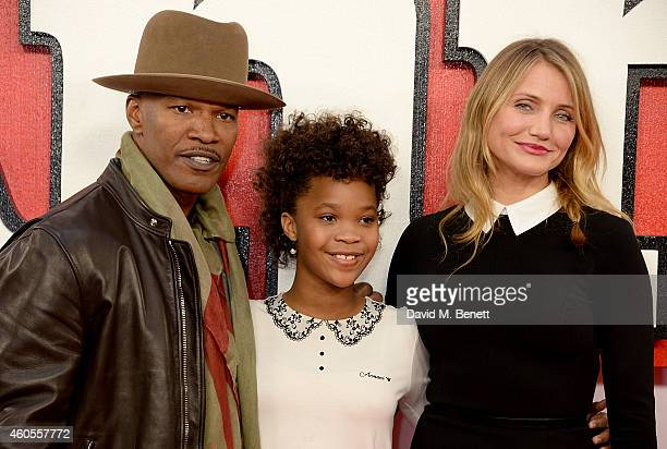 """Jamie Foxx, Quvenzhane Wallis and Cameron Diaz attend a photocall for """"Annie"""" at Corinthia Hotel London on December 16, 2014 in London, England."""