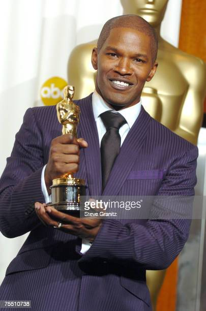 "Jamie Foxx, winner Best Actor in a Leading Role for ""Ray"" at the Kodak Theatre in Hollywood, California"