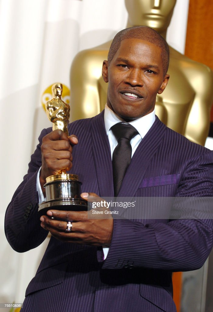 Jamie Foxx, winner Best Actor in a Leading Role for 'Ray' at the Kodak Theatre in Hollywood, California