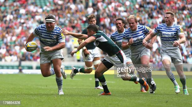 Jamie George of Saracens breaks clear to score his second try during the Aviva Premiership match between London Irish and Saracens at Twickenham...