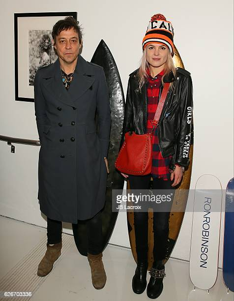 Jamie Hince and Alison Mosshart of The Kills attend the exhibits 'Artists With Animals' held at Ron Robinson's store on November 29 2016 in Santa...