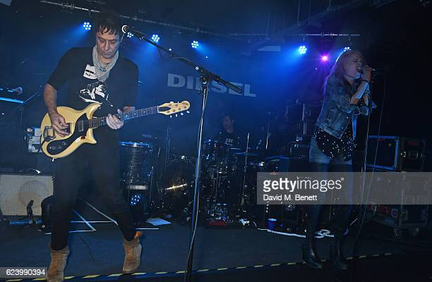 Jamie Hince and Alison Mosshart of The Kills perform at Diesel's #forsuccessfulliving party on November 17 2016 in London England