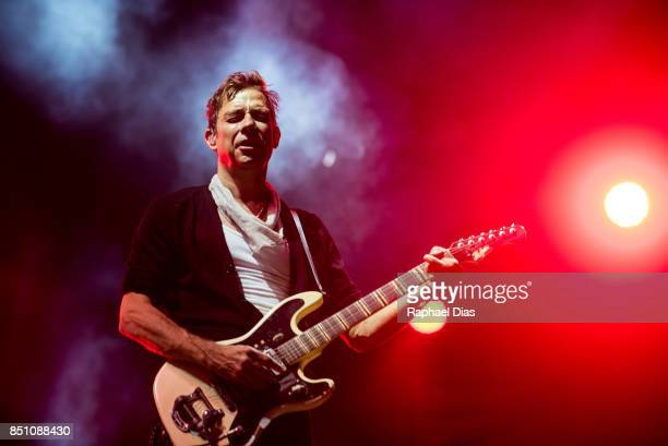 Jamie Hince from The Kills perfoms at day 4 of Rock in Rio on September 21 2017 in Rio de Janeiro Brazil