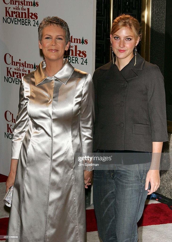 Christmas With The Kranks New York City Premiere Outside Arrivals News Photo