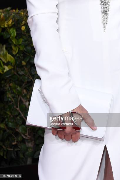 Jamie Lee Curtis, bag detail, attends the 76th Annual Golden Globe Awards at The Beverly Hilton Hotel on January 6, 2019 in Beverly Hills, California.