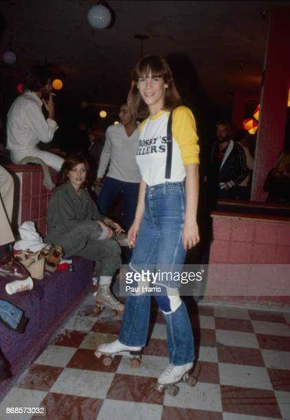 Jamie Lee Curtis daughter of Janet Leigh and Tony Curtis at a roller skating party in Hollywood on December 19 1977 in Los Angeles california