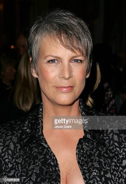 Jamie Lee Curtis during ACLU 2005 Bill of Rights Awards Dinner at Regent Beverly Wilshire Hotel in Beverly Hills California United States