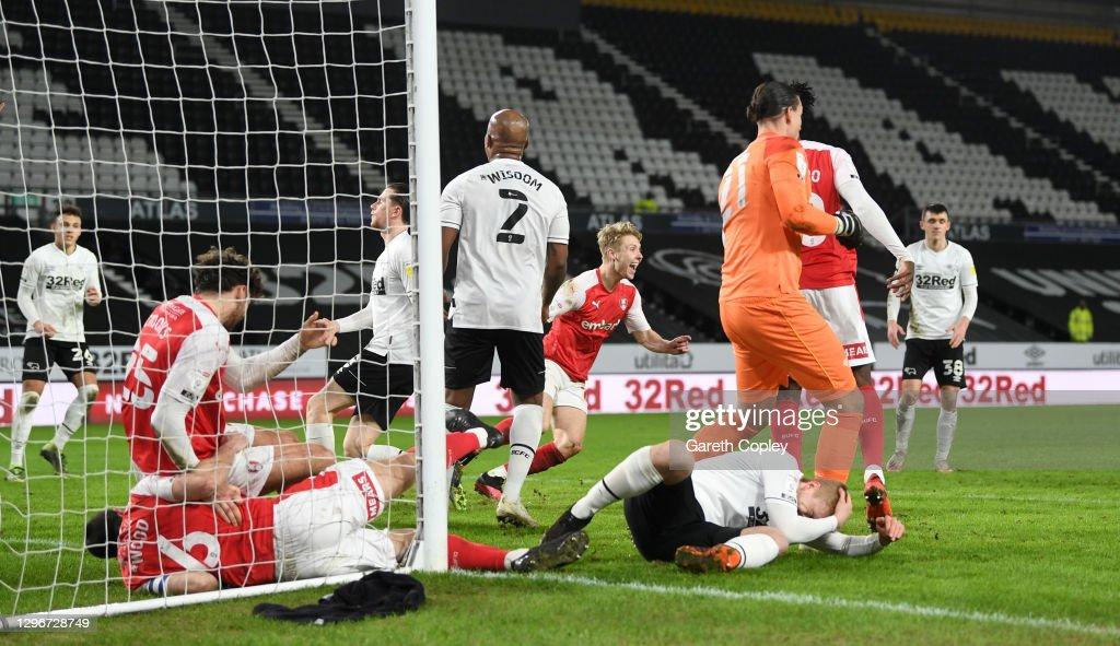 Derby County v Rotherham United - Sky Bet Championship : ニュース写真