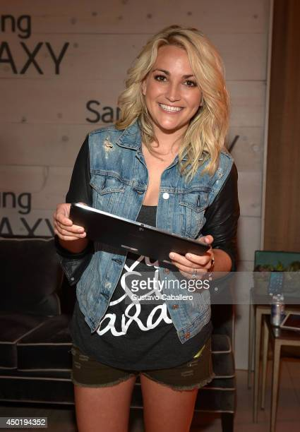 Jamie Lynn Spears at the Samsung Galaxy Artist Lounge at the 2014 CMA Music Festival on June 6 2014 in Nashville Tennessee